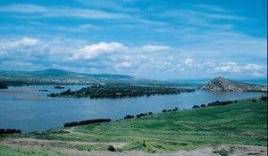 Самый крупный приток озера – река Селенга