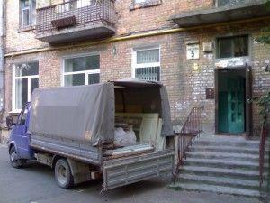 вывоз мусора газелью из дома