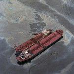 утечка нефти с танкера