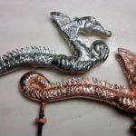 Обработка меди металлической щеткой
