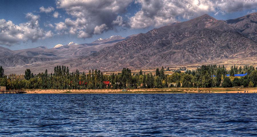 Озеро Иссык-Куль, Киргизия, Азия