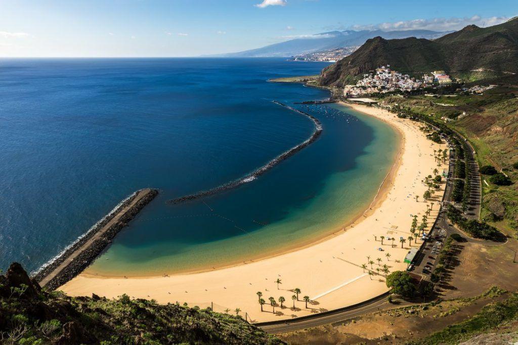 Пляж. Лас Тереситас на острове Тенерифе
