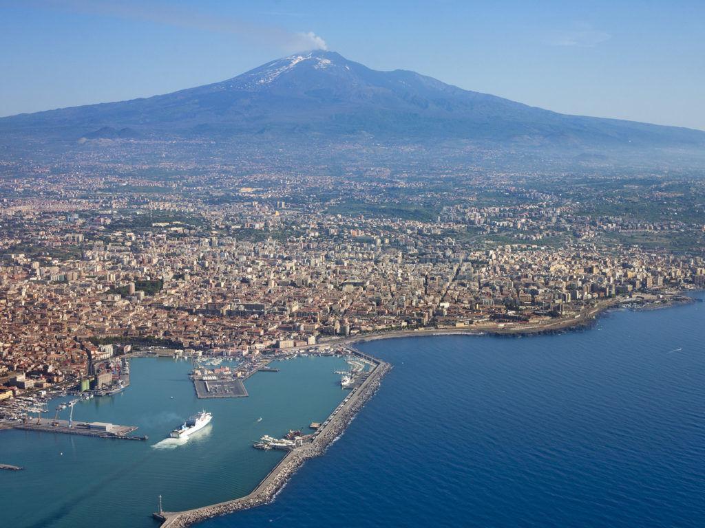 Целая страна может быть стерта с карты Европы если произойдет извержение вулкана