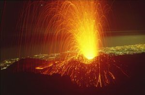 Вулкан Этна - сьемки последнего извержения