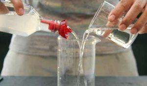 Приготовление омывателя из моющего средства со спиртом