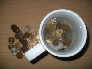 Замачивание монет в дистилированной воде