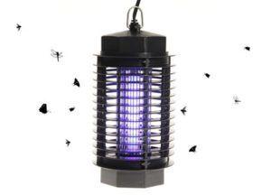 Электроловушка размещенная на грядке уничтожит насекомых