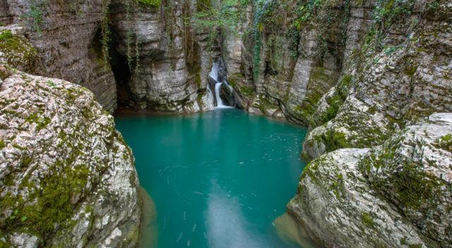 Агурские водопады одно из самых красивых мест Сочи