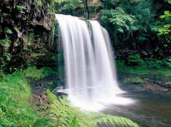 Средний Агурский водопад
