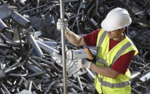 Перед применением металлолома, его проверяют на качество