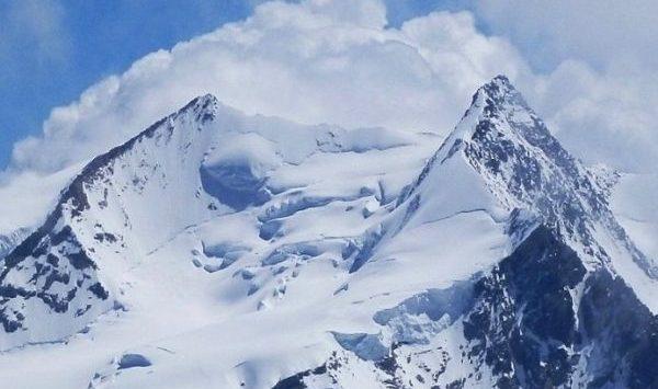 Гора Дюфур